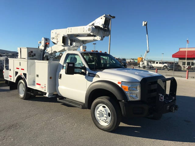 STOCK # 54680  2012 FORD F550 45FT MAN 1/2 BUCKET TRUCK W/ MAT HANDLER