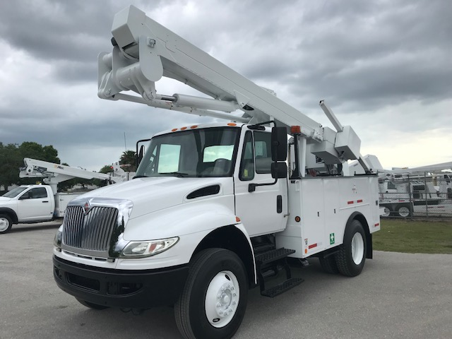 STOCK # 48409  2012 INTERNATIONAL 4300 50FT 2 MAN BUCKET LIFT W/ MAT HANDLER