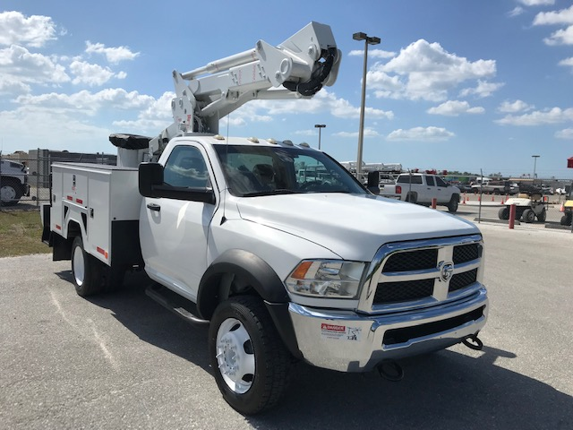 STOCK # 95346  2013 DODGE W5500 4X4 42FT BUCKET TRUCK