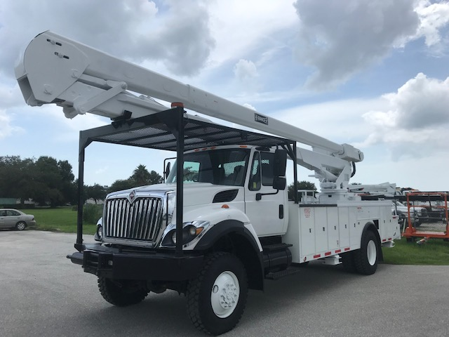 STOCK # 12191  2010 INTERNATIONAL 7300 4X4 70FT 2 MAN BUCKET TRUCK