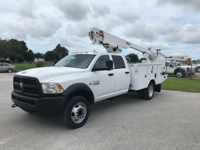 STOCK # 62262  2013 DODGE D4500 4 DOOR 35FT BUCKET TRUCK