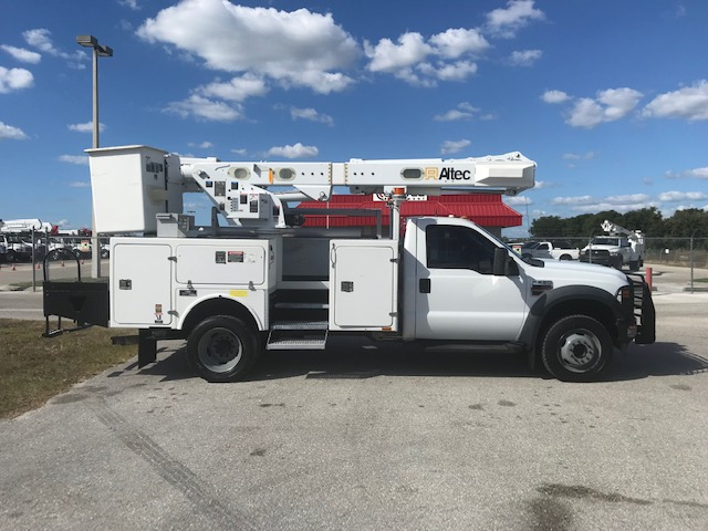 STOCK # 59886  2010 FORD F550 4X4 42FT BUCKET TRUCK W/ MATERIAL HANDLER