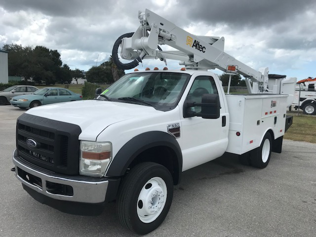 STOCK # 33250  2009 FORD F550 42FT BUCKET TRUCK