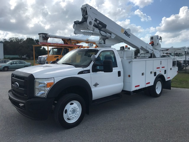 STOCK # 40028  2013 FORD F550 45FT BUCKET TRUCK W/ MATERIAL HANDLER
