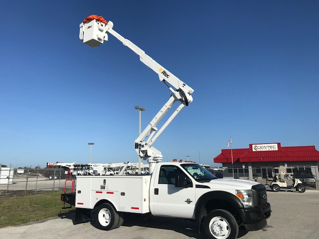 STOCK# 26742  2011 FORD F550 4X4 42FT BUCKET TRUCK