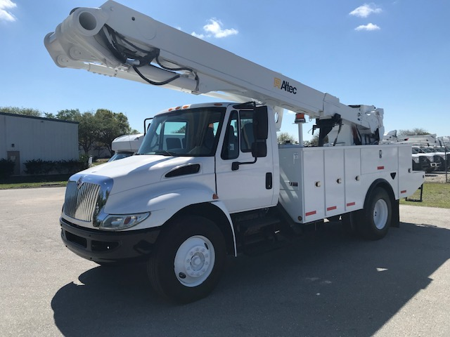 STOCK # 87730  2011 INTERNATIONAL 4300 55FT ARTICULATING-TELESCOPIC 2 MAN BUCKET LIFT
