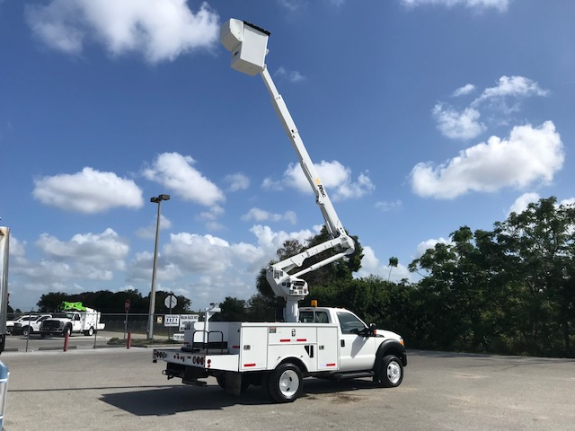 STOCK # 25305  2011 FORD F550 45FT BUCKET TRUCK