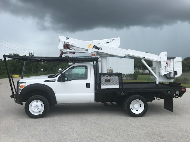 STOCK # 16167  2011 FORD F550 4X4 FLATBED 42FT BUCKET TRUCK