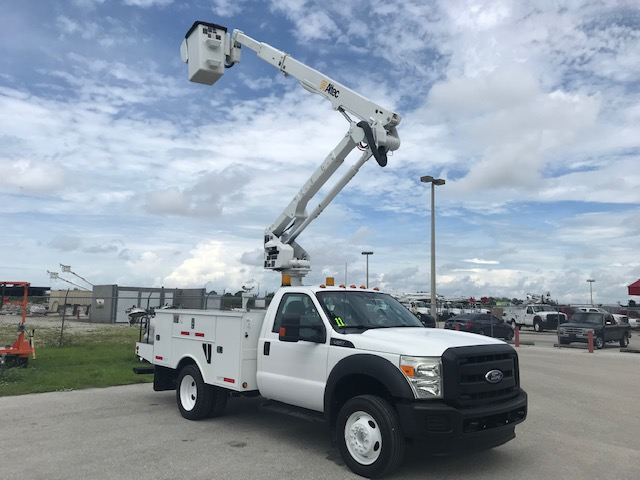 **SOLD** STOCK # 25299  2011 FORD F550 45FT BUCKET TRUCK  **24,219 MILES**
