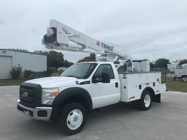 STOCK # 09087  2011 FORD F550 45FT TEREX BUCKET TRUCK