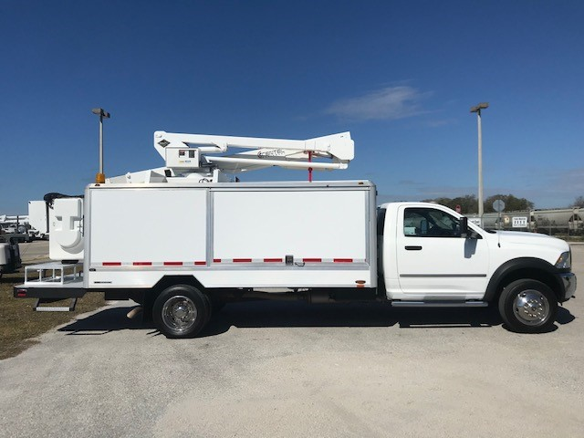 STOCK # 35802  2015 DODGE RAM 5500 45Ft LampLighter Truck